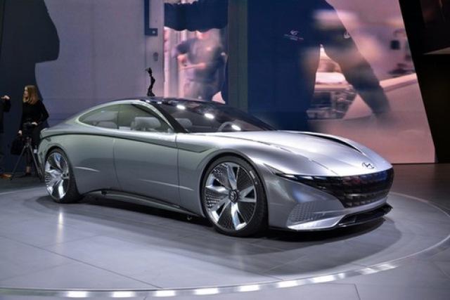 """韩国现代汽车公司正在酝酿设计全面改革,表示希望舍弃""""俄罗斯套娃""""的"""